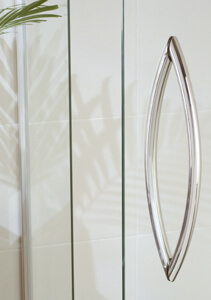 semi-framelss shower door handle
