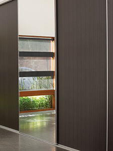 image of the Pivotech wardrobe door featuring a mirror