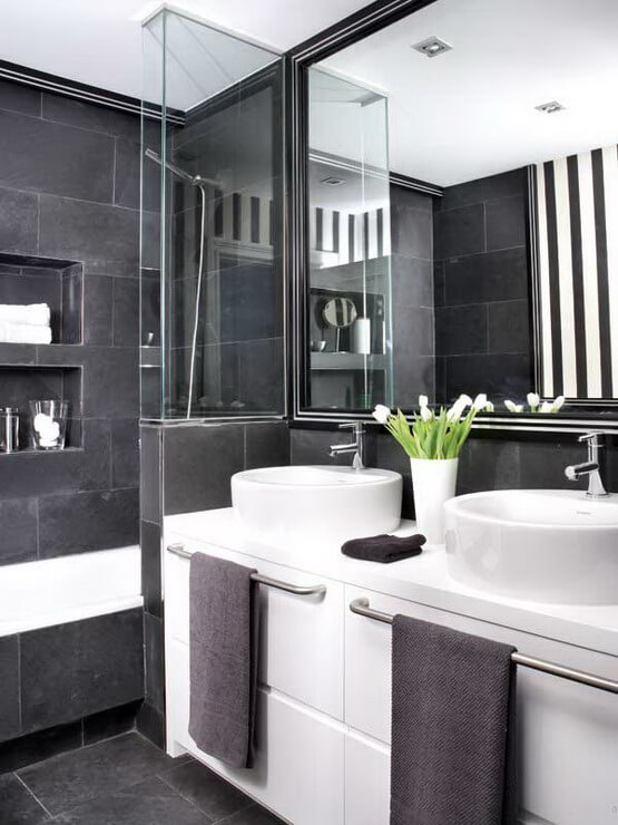 how to master the black bathroom trend pivotech. Black Bedroom Furniture Sets. Home Design Ideas