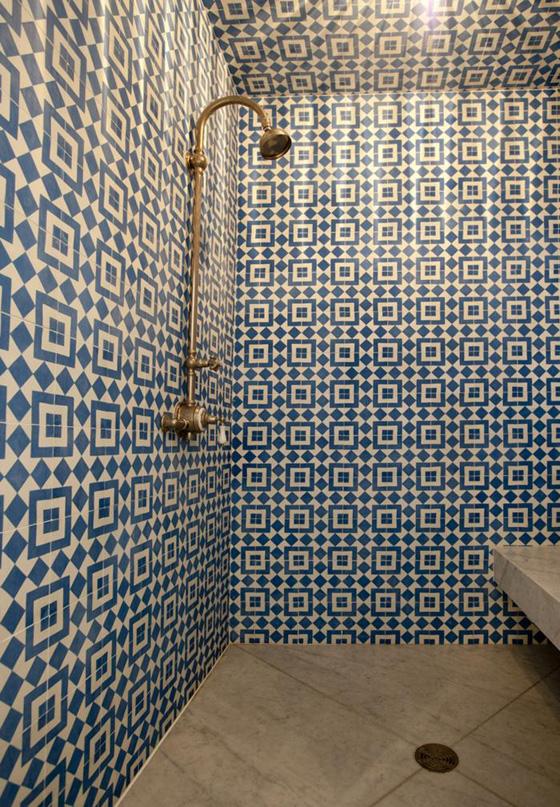 Bathroom Remodelista700_marin Country Mart Office 8remodelista