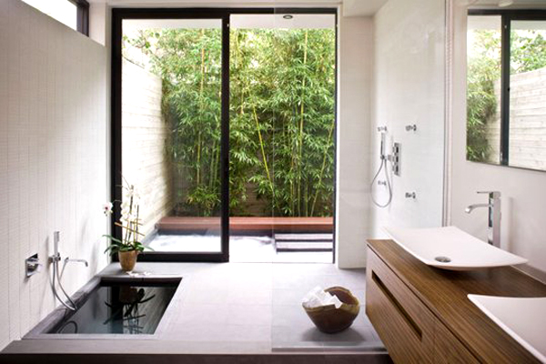 the indoor outdoor bathroom pivotech. Black Bedroom Furniture Sets. Home Design Ideas