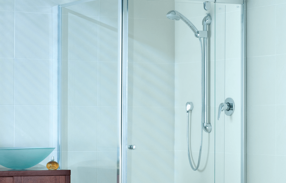 shower screen - Pivotech