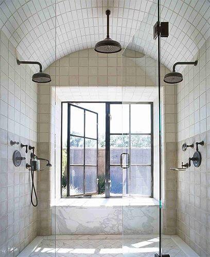 Pivotech_shower style