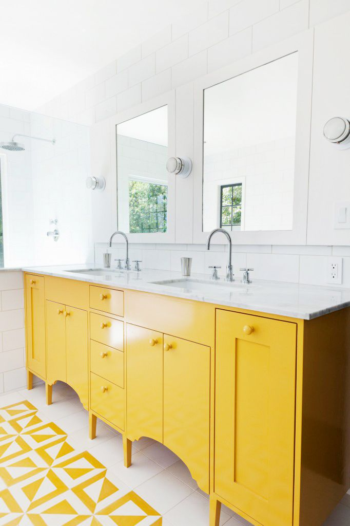 Pivotech_yellowbathroom