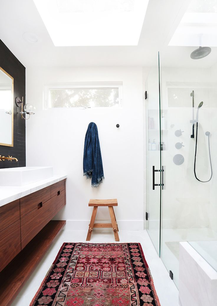 Bathroom frameless mirror