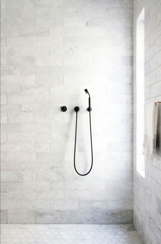 whitebathroom_pivotech