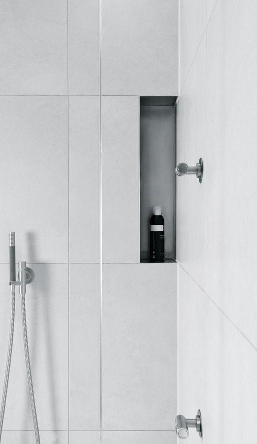 whitebathroom_pivotech2