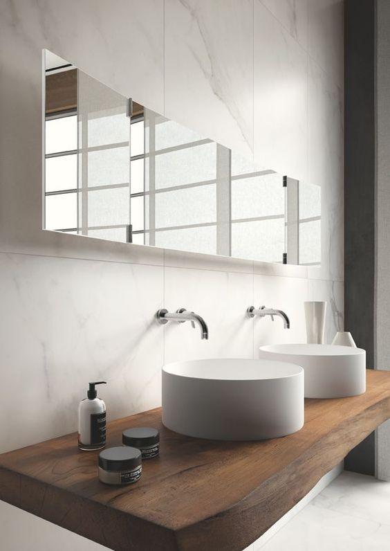 whitebathroom_pivotech3