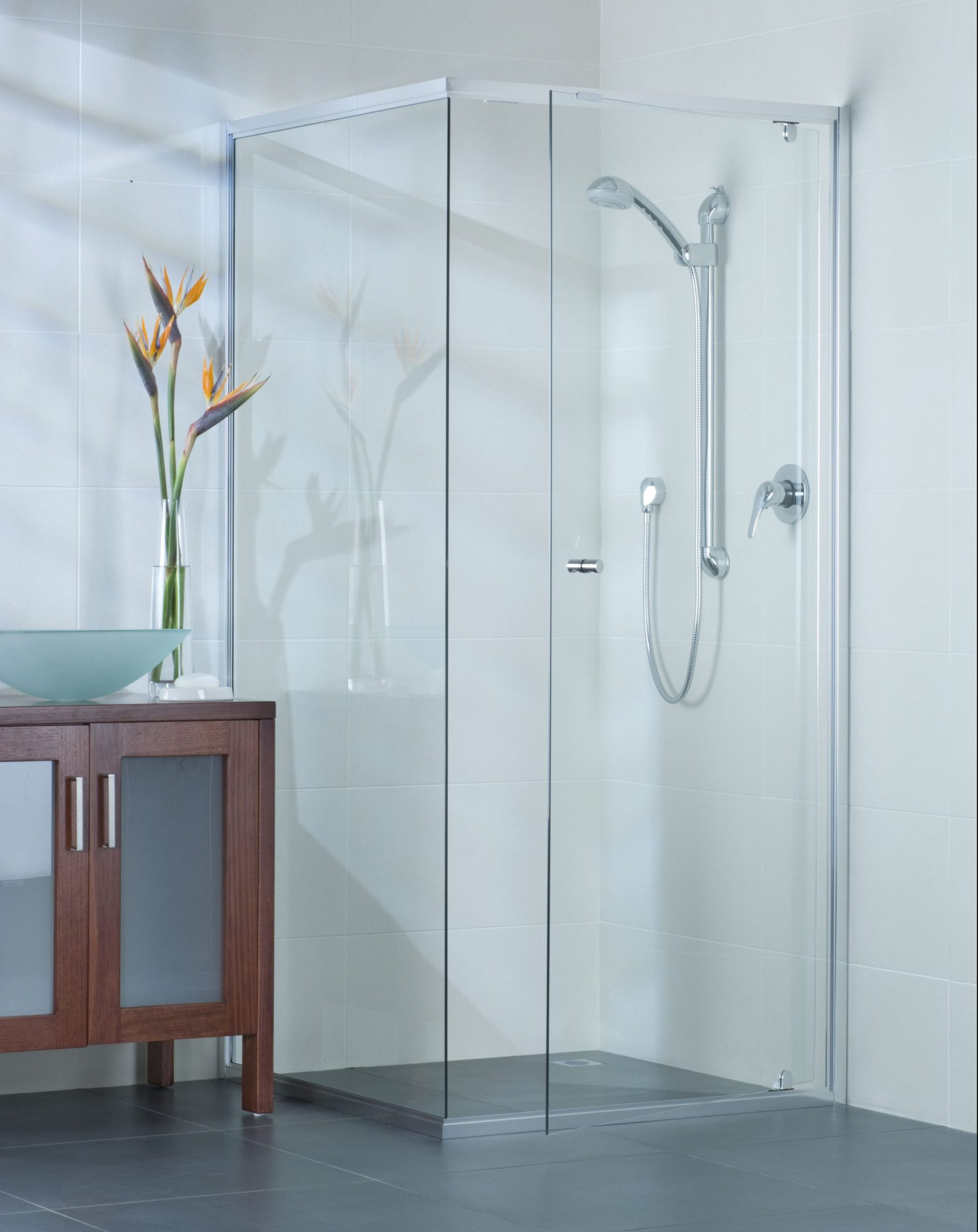 Captivating The U201cless Frame, More Styleu201d Semi Frameless Shower Screen
