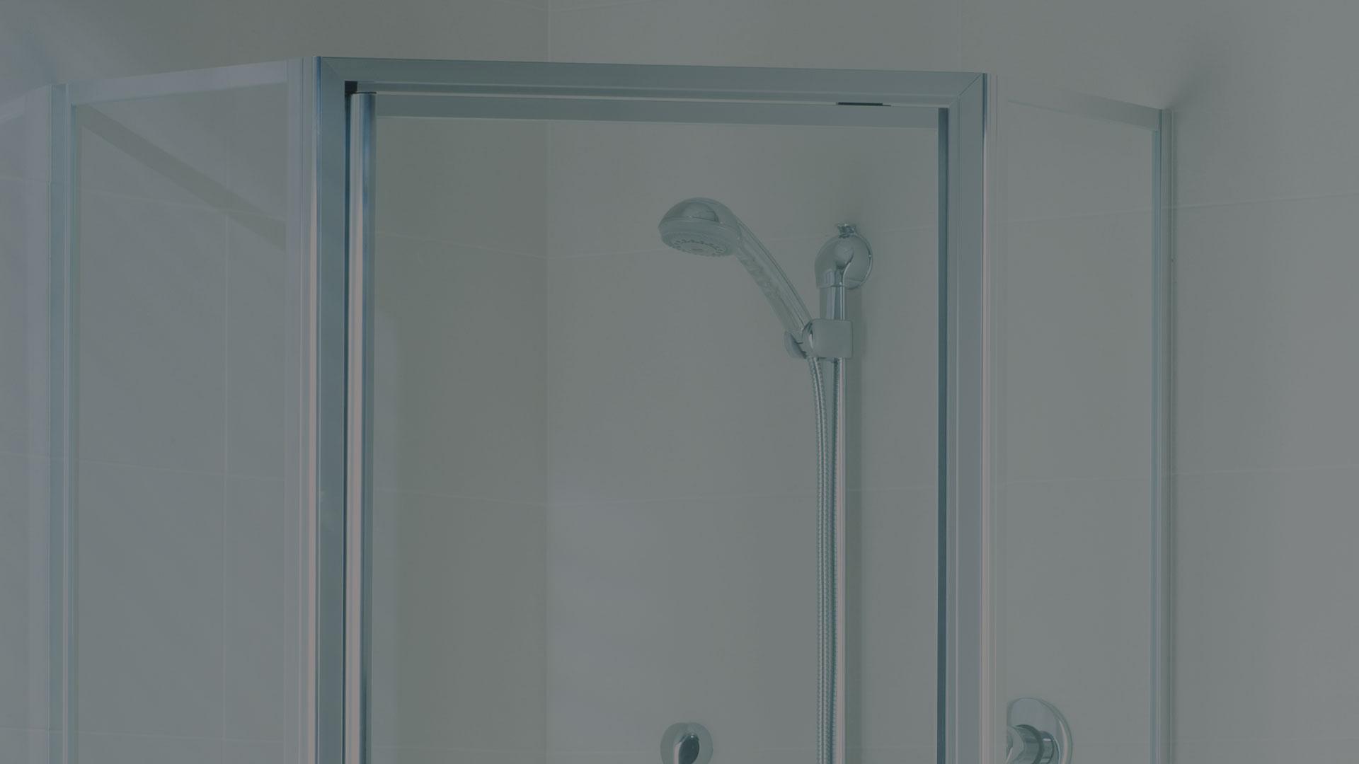 corner opening framed shower screen
